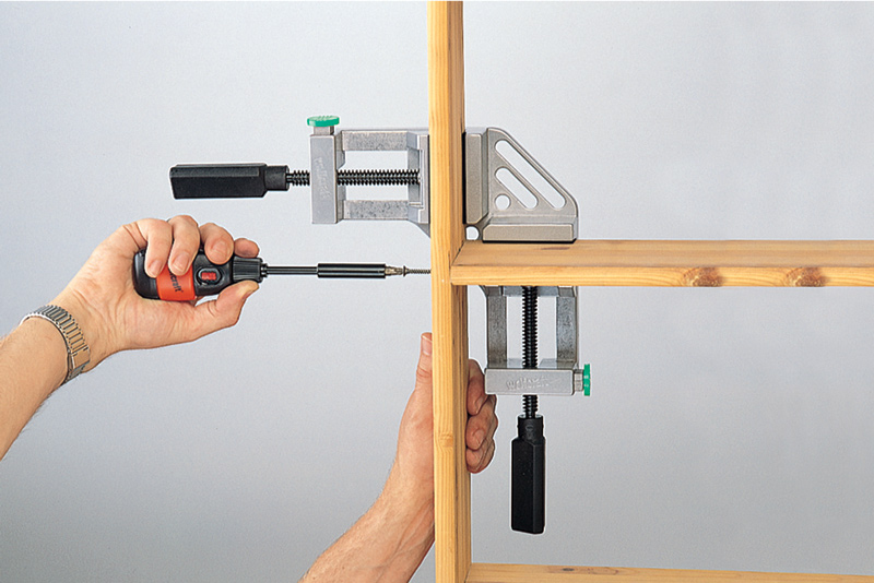 Угловая струбцина для мебели своими руками